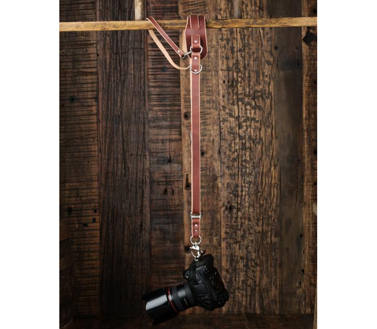 Chestnut Bridle Leather HoldFast Gear MoneyMaker Two-Camera Harness without D Rings on Shoulders Large