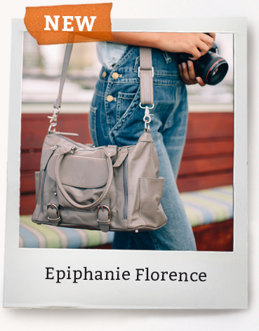 Epiphanie Leather Camera Bag for Women